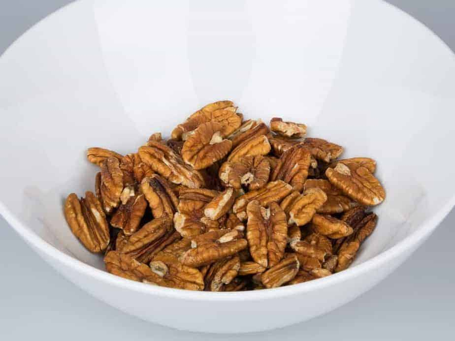pecans in a bowl